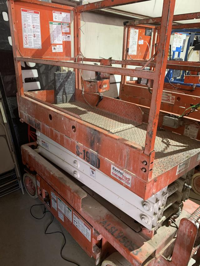 Where to find SCISSOR LIFT SNORKEL 1930  95053 in Hazard